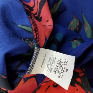 Runway Story Tops - Runway Story 3/4 Sleeve Blouse Blue Red Floral